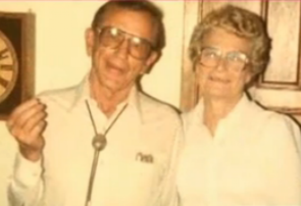 Couple married 72 years dies holding hands
