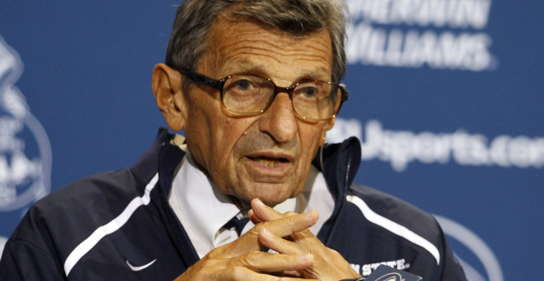 Joe Paterno : Is he the victim of a lynch mob mentality, or does he truly deserve to go?