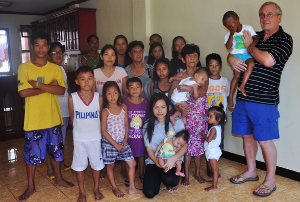 NBC News tells story of Woman Rescuing 27 Family Members from MacArthur, Leyte