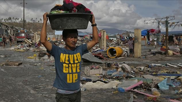 "Reuters: ""Mounting Humanitarian Crisis"" in the Philippines Ten Days After Typhoon Haiyan Hit"