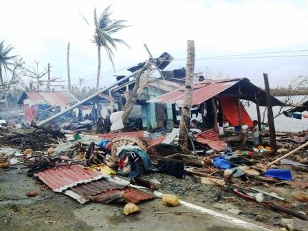 Life in One Small Samar Town a Month After Typhoon Haiyan Changed Everything
