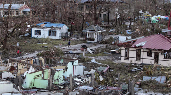 Philippine Government Ups Haiyan Death Toll to 5,200