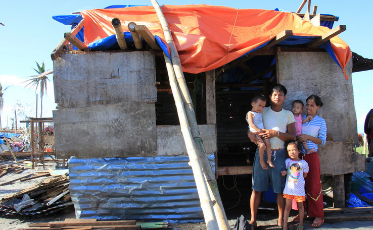 NDRRMC: Typhoon Yolanda destroyed 593,787 houses and damaged 598,306 others